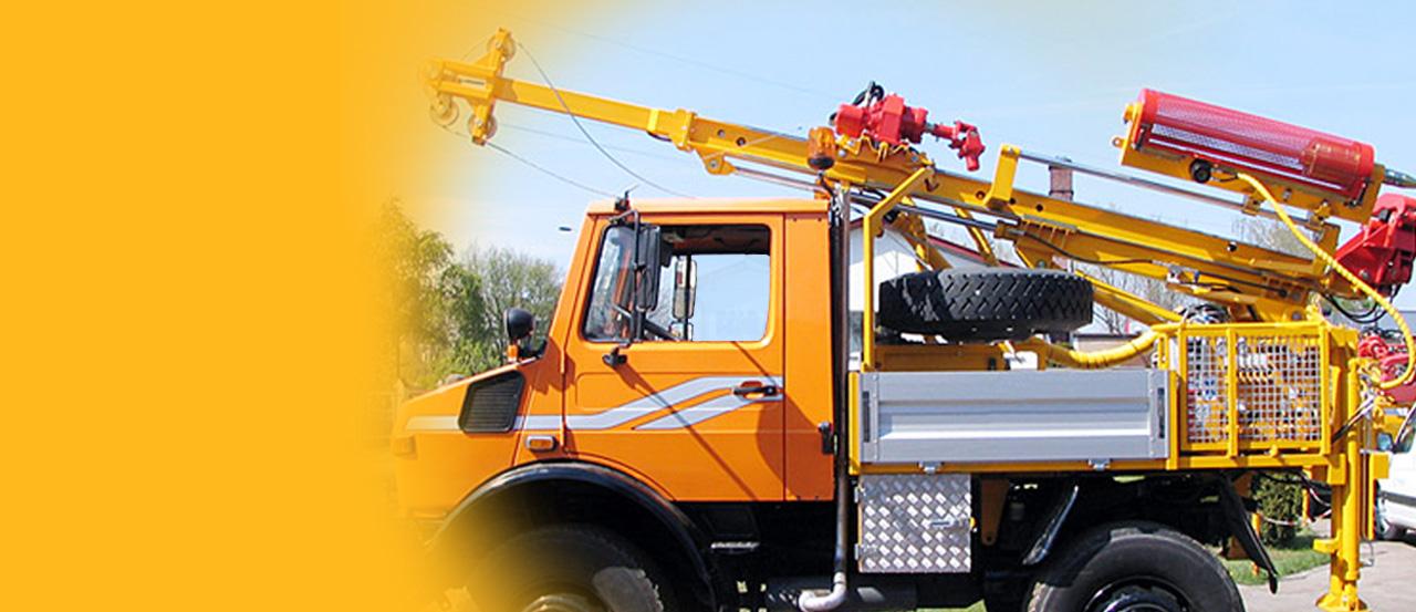 H25S – wiertnica geotechniczna <br/>na samochodzie ciężarowym