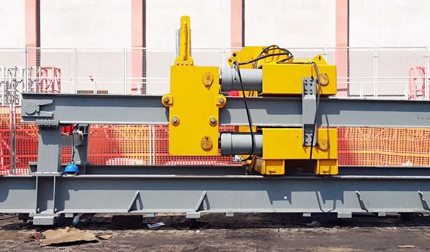 Hydrauliczna wiertnica pozioma HWP-200 produkcji Bipromasz w Bydgoszczy